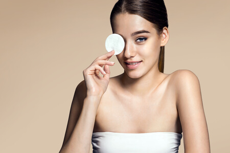 Must-Know Age-Defying Makeup Tips
