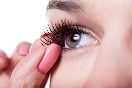 False Lashes: Jerome Alexander's Guide to Expert Application