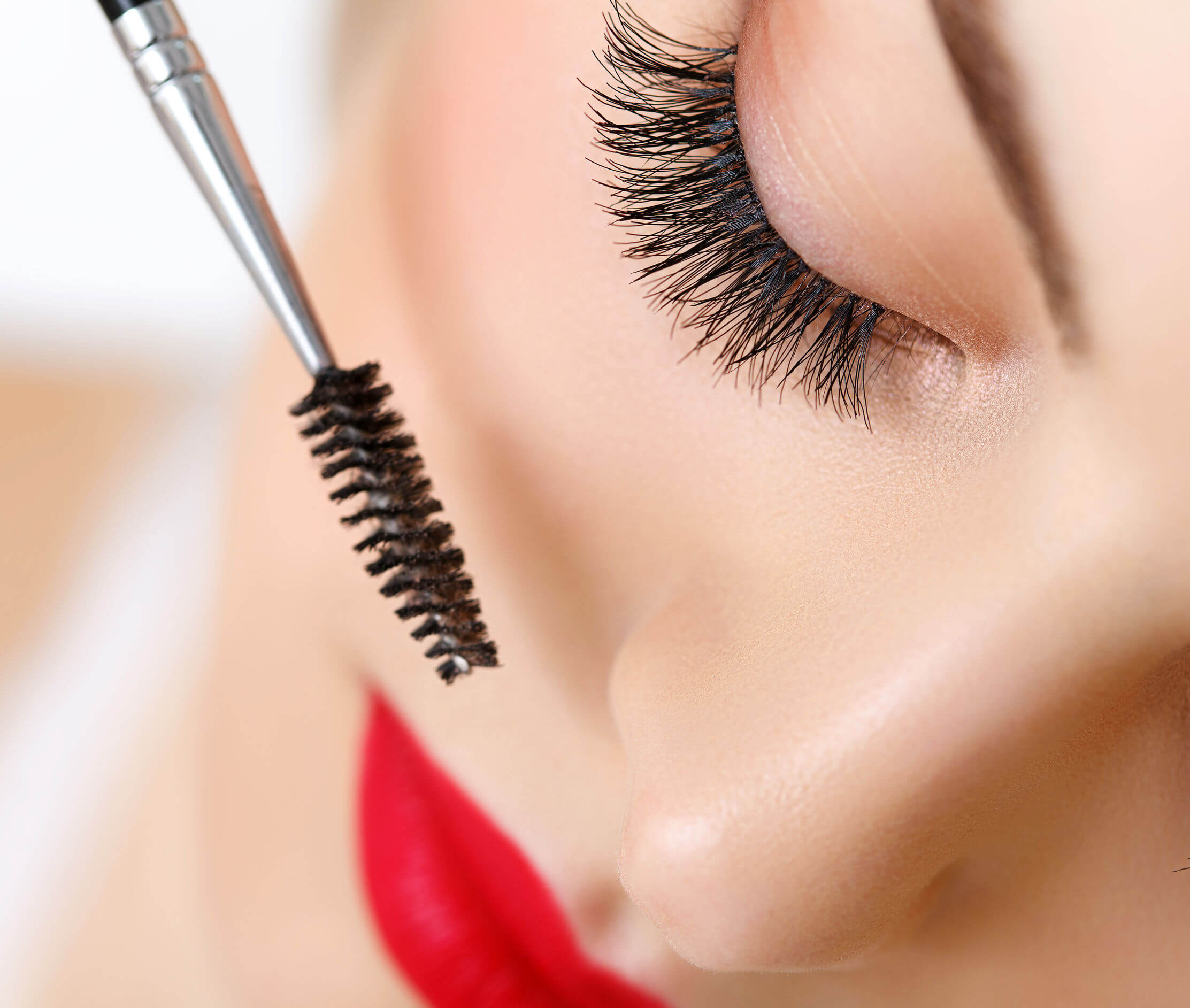 Jerome's Top 7 Mascara Hacks For Long Luxurious Lashes